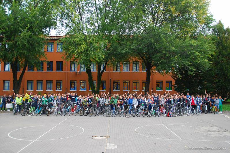 bellini bike to school